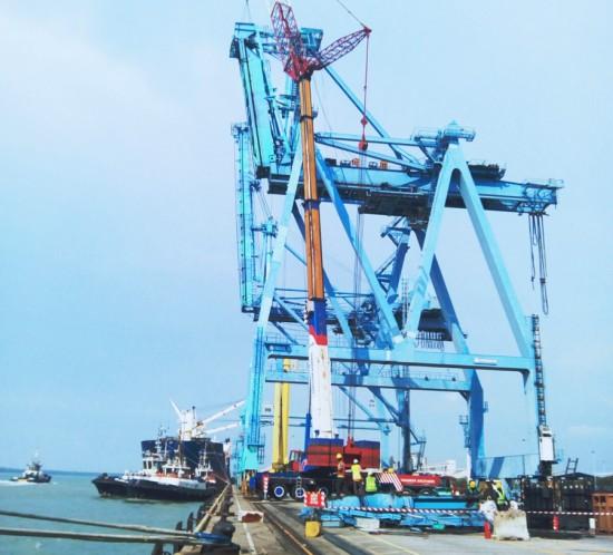 Dismantling-of-Quay-Crane---West-Port